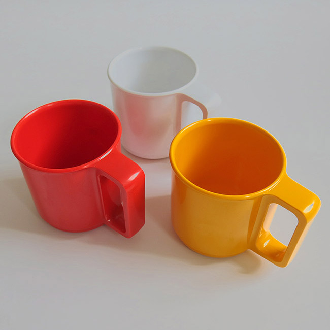 Set of 3 vintage Danish Falle Uldall design Rosti melamine mugs
