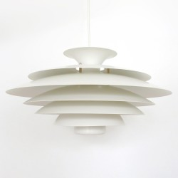 Top-quality classic Danish modern layered pendant lamp by Form-Light
