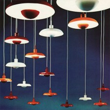 Piet Hein's 1969 Ra lamp for Lyfa