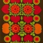 Hearts and flowers vintage 1960s/70s table runner