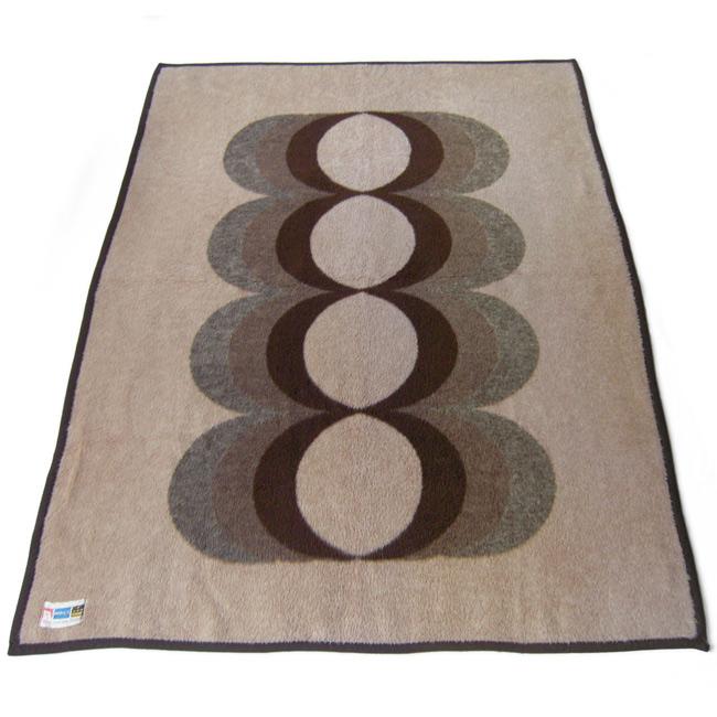 Didas Deken Maija Isola Kaivo style blanket