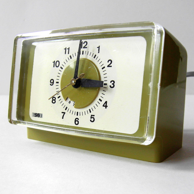 1960s/70s avocado green clock by Esge of Germany