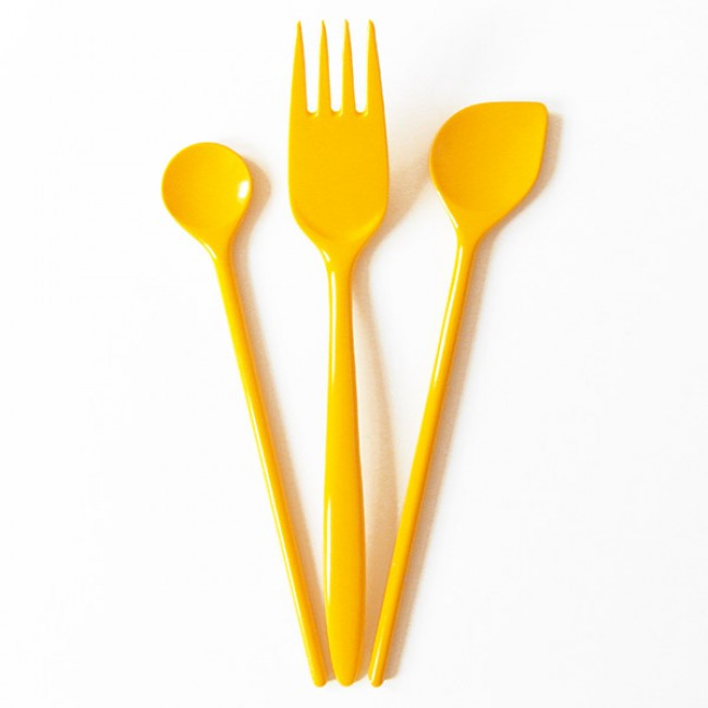 Lemon yellow vintage Rosti tools 70s/80s